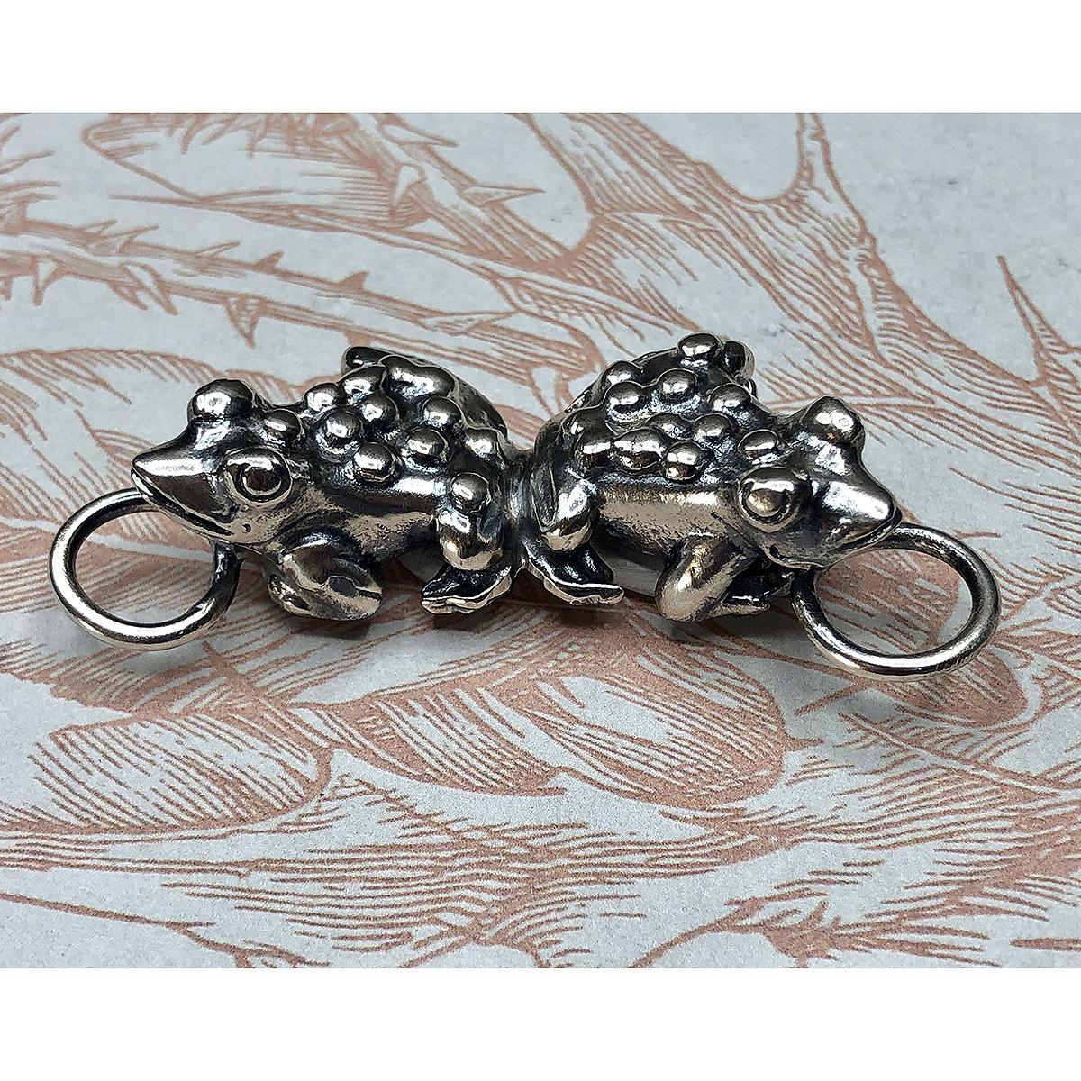 Interchangeable Two Frogs Pendant